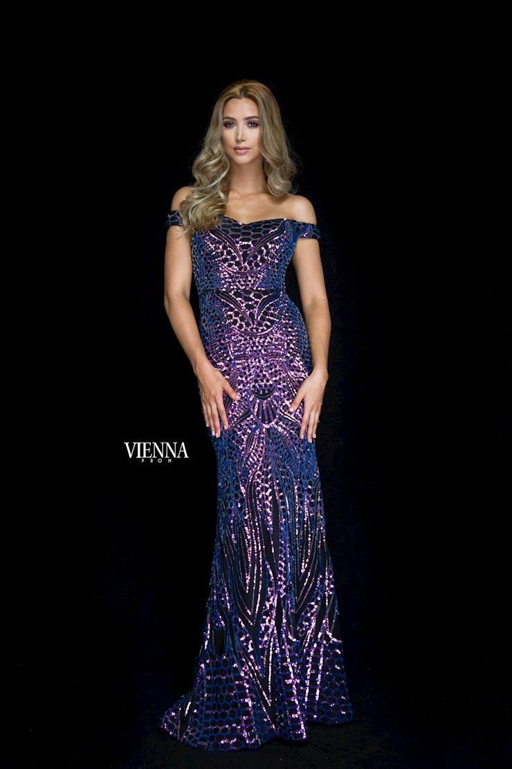 Vienna Prom 8821 Image