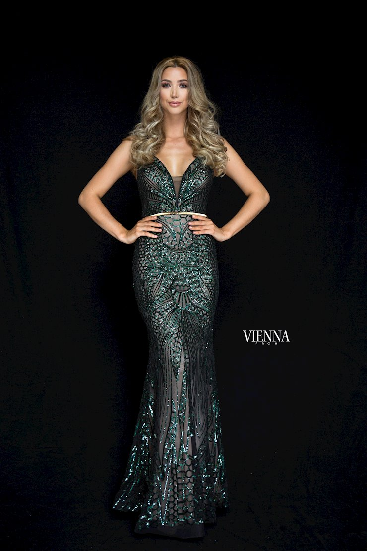 Vienna Prom Style #8822