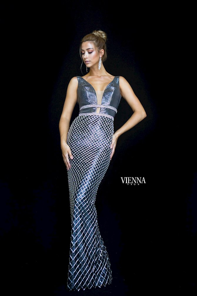 Vienna Prom 9979