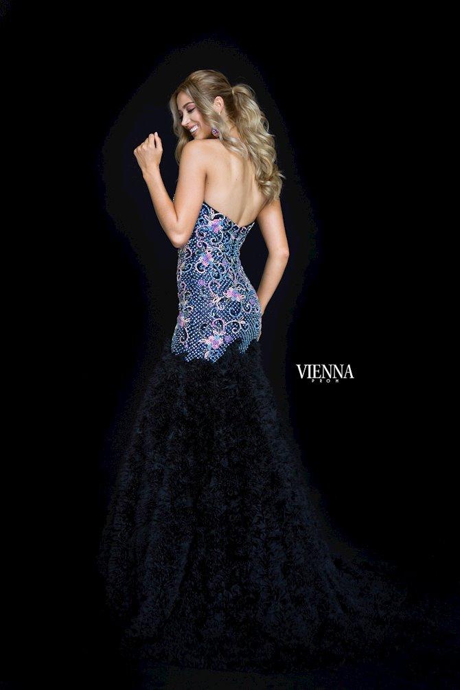 Vienna Prom 9982