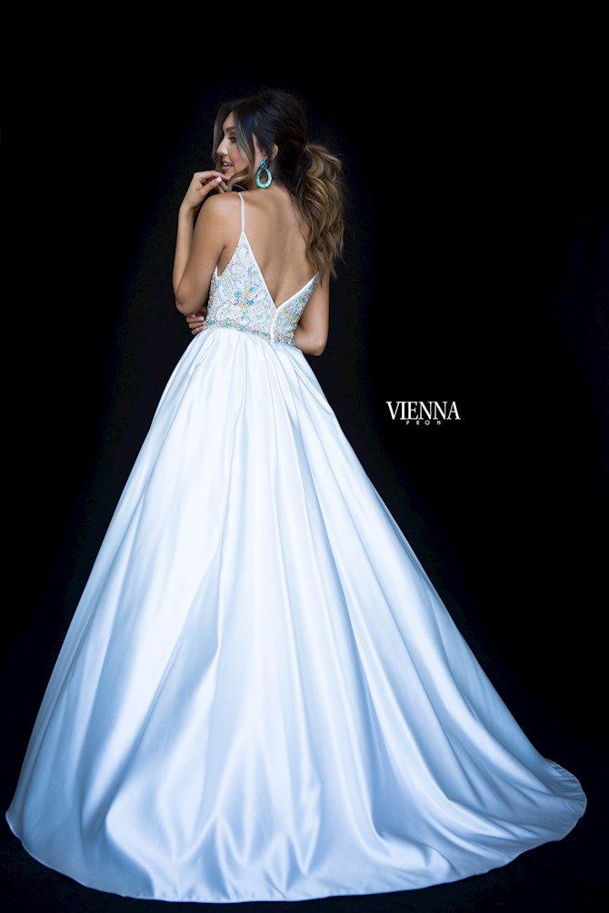 Vienna Prom 9983