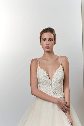 Venus Bridal VE8772X