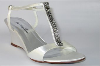 Your Party Shoes Style #Hilary