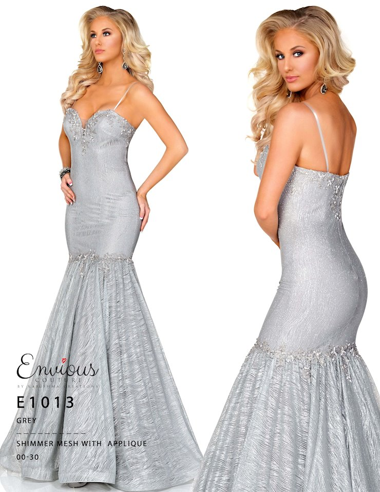 Envious Couture Prom E1013