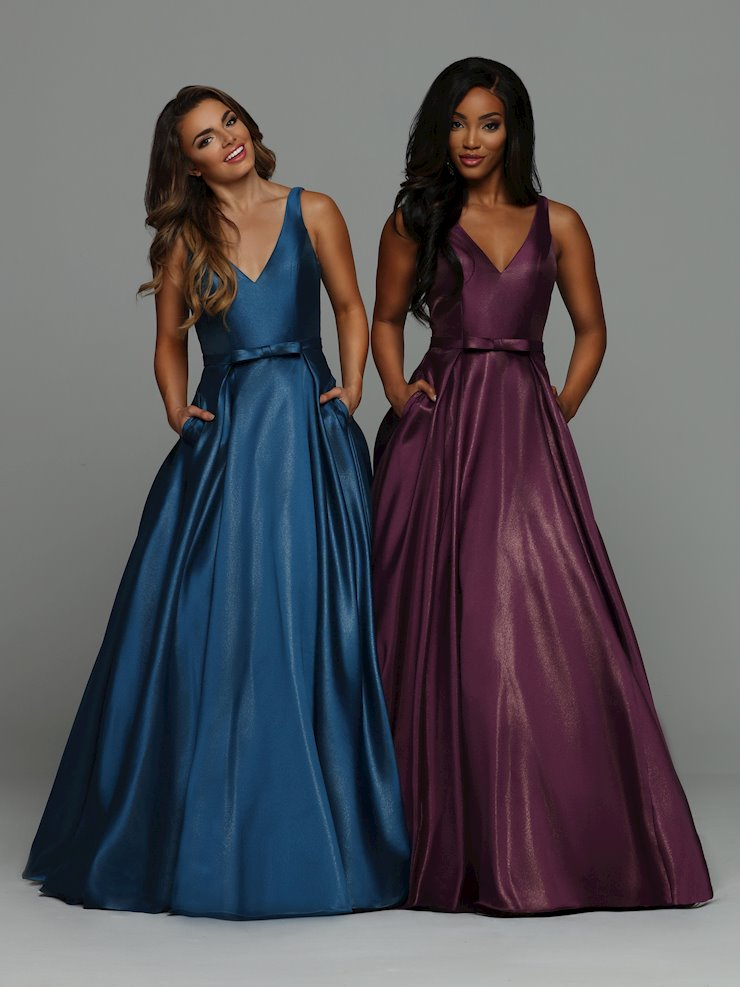Sparkle Prom Style #71924 Image