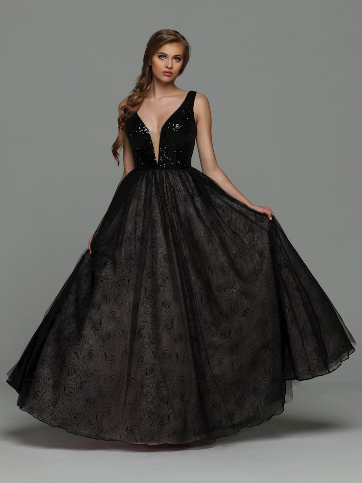 Sparkle Prom Style #71948 Image