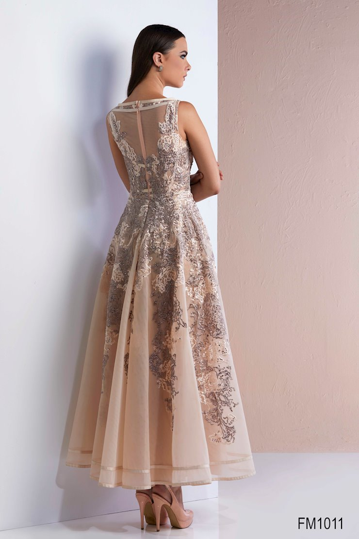 Azzure Couture Style #1011