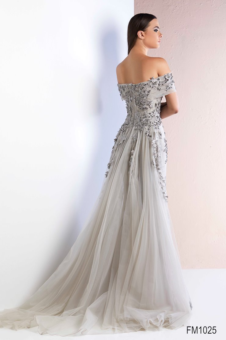 Azzure Couture Style #1025