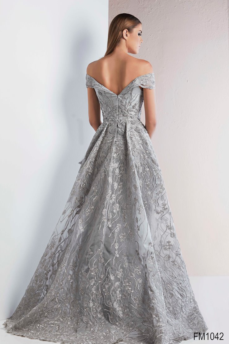 Azzure Couture Style #1042