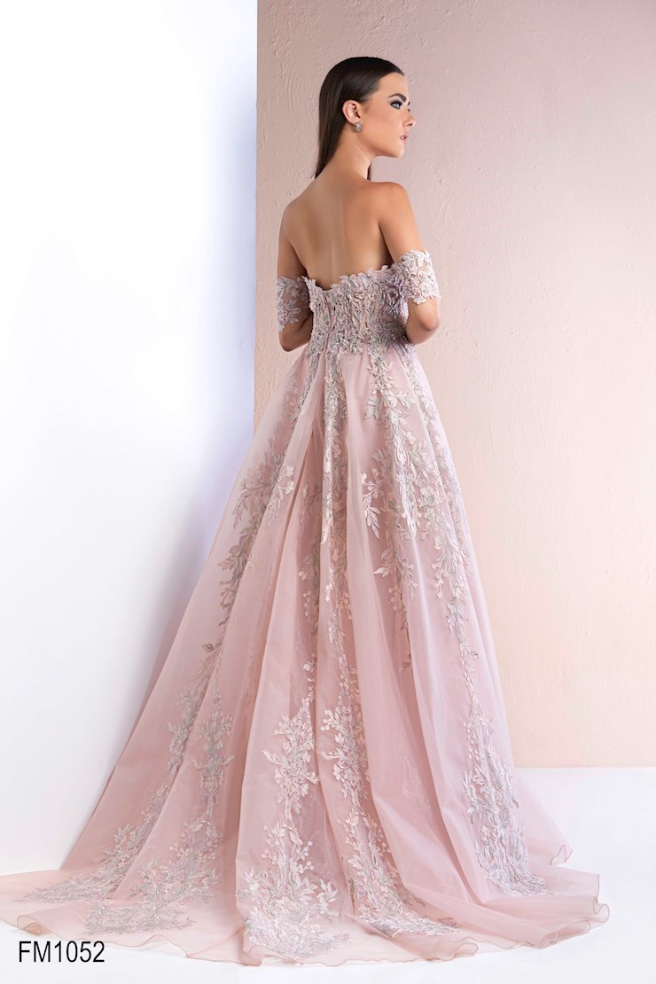 Azzure Couture Style #1052