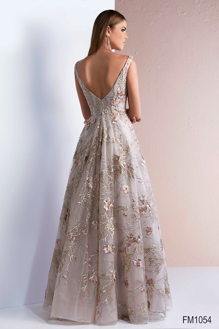 Azzure Couture Style #1054