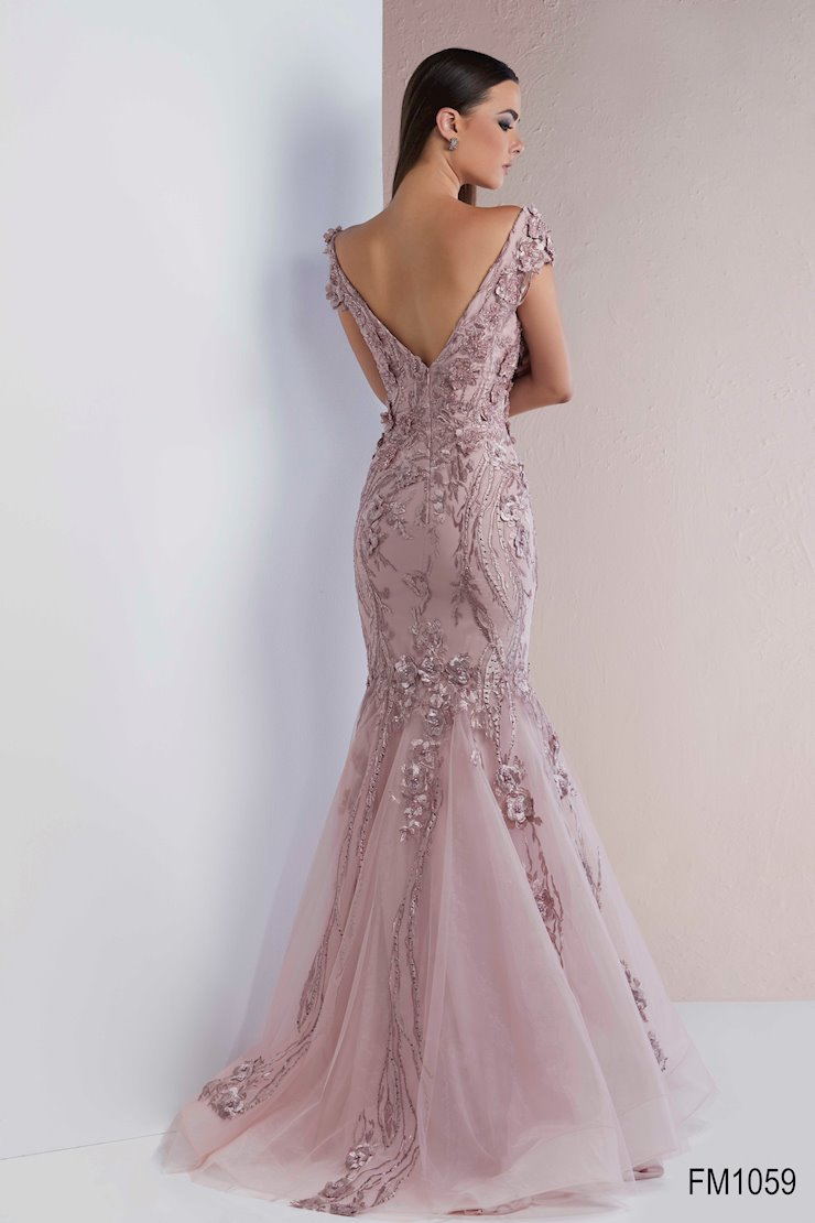 Azzure Couture Style #1059
