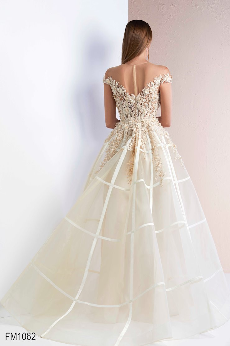 Azzure Couture Style #1062