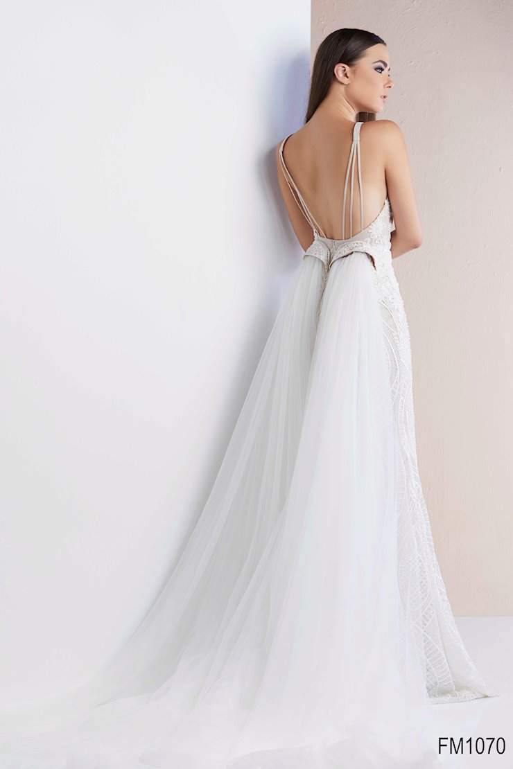 Azzure Couture Style #1070