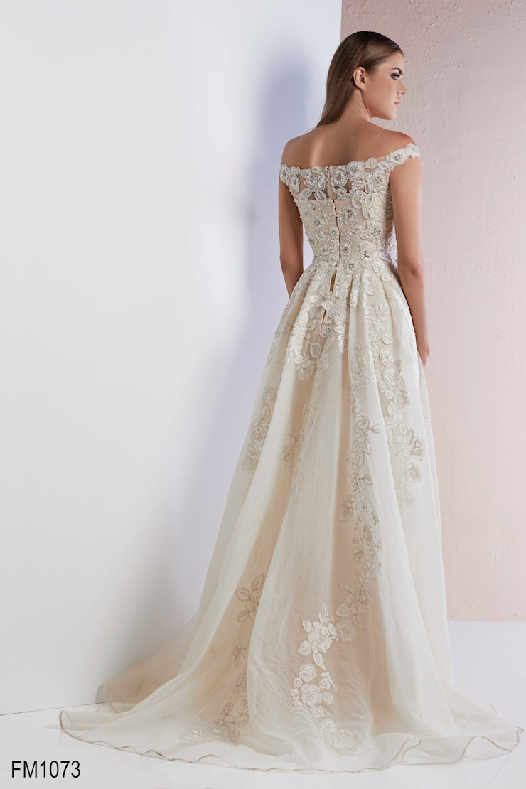 Azzure Couture Style #1073