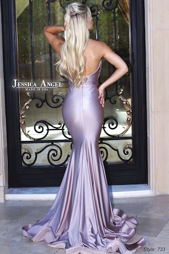 Jessica Angel 733
