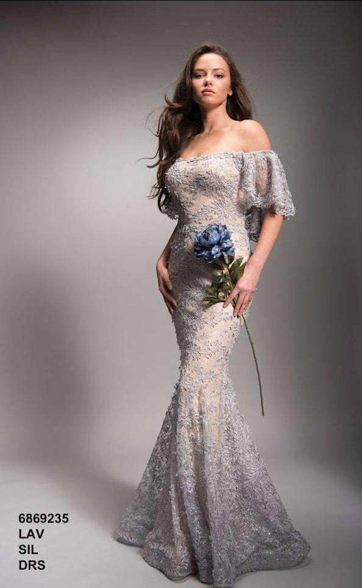Nicole Bakti Style #6869