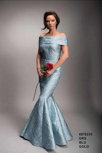 Nicole Bakti Style #6876