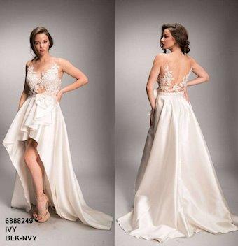 Nicole Bakti Style #6888