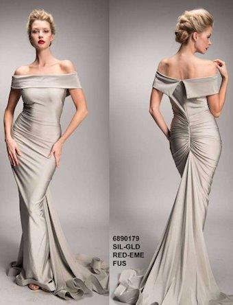 Nicole Bakti Style #6890