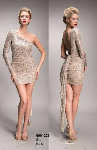 Nicole Bakti Style #6901