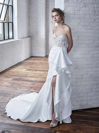 Badgley Mischka Carmela