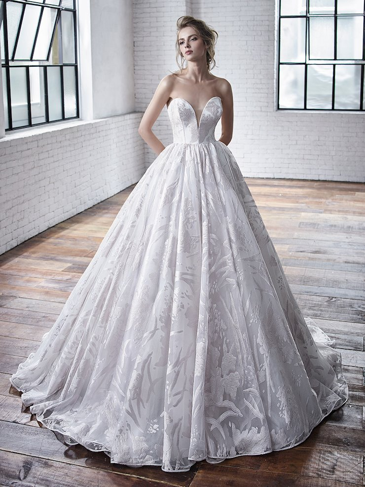 Badgley Mischka Carrington Image