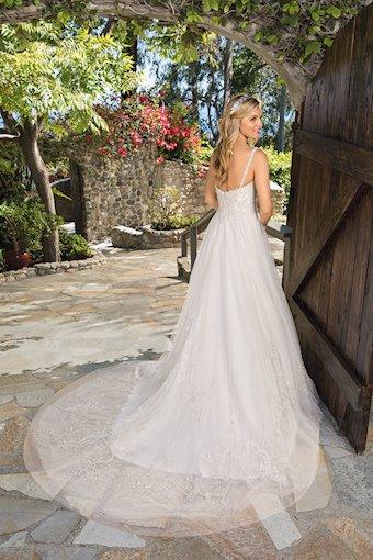 Casablanca Bridal Style #2362