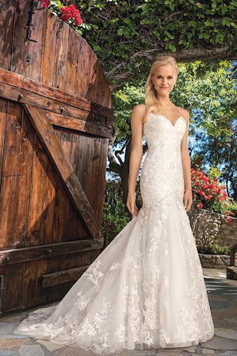 Casablanca Bridal Lillian