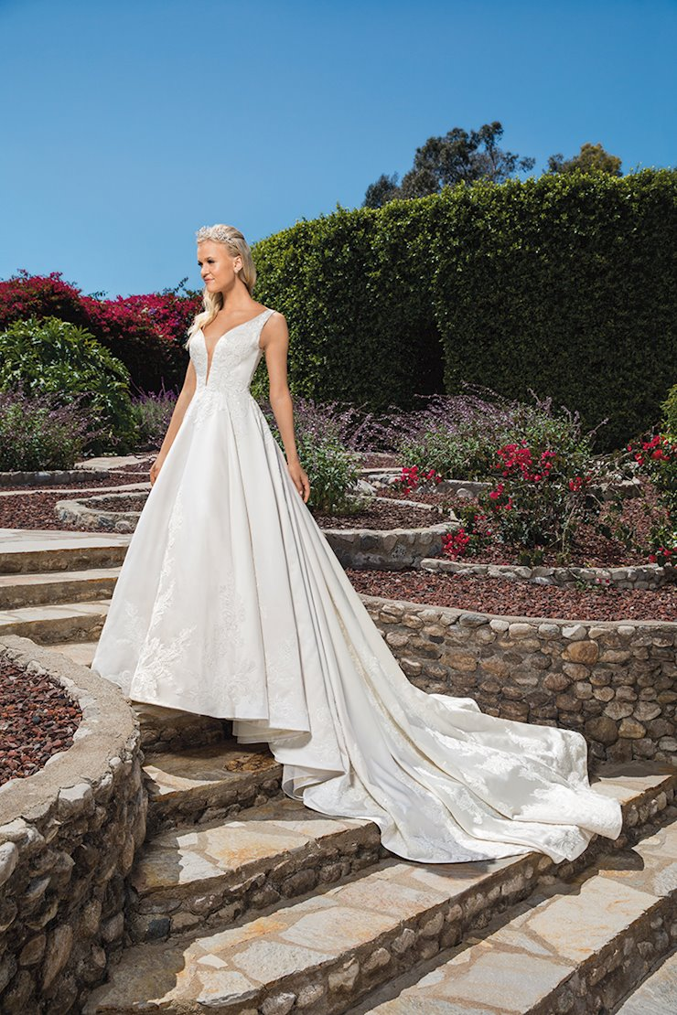 Casablanca Bridal Style #2372 Image