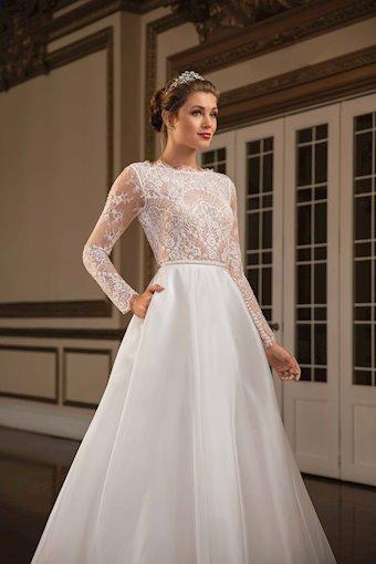 Casablanca Bridal Grace