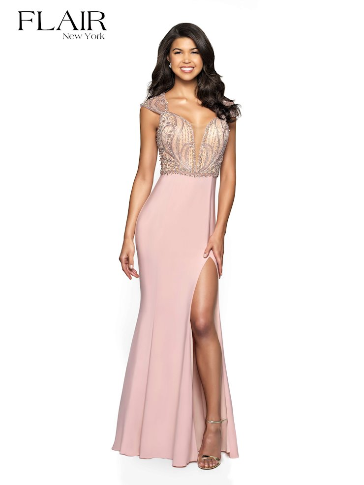 Flair Prom Style #19098 Image
