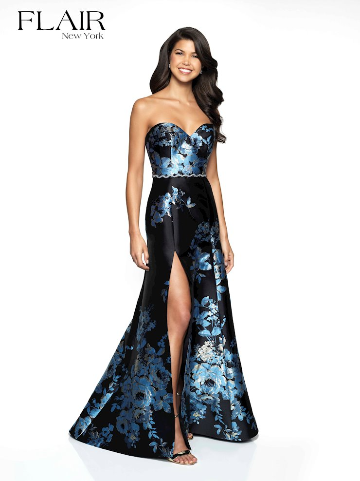 Flair Prom Style #19100 Image