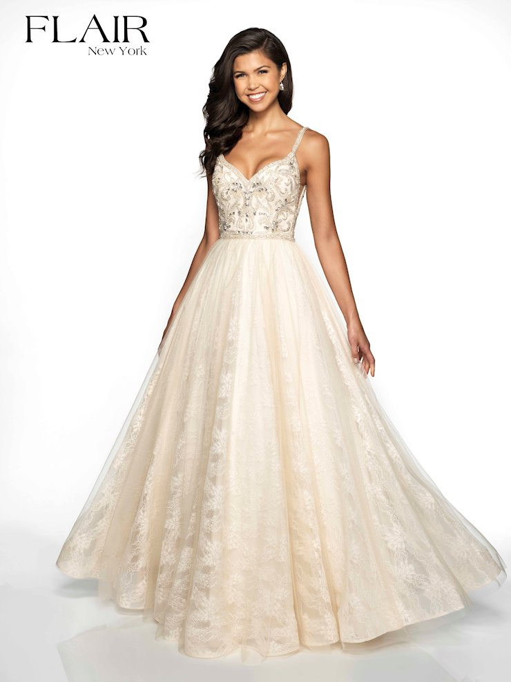 Flair Prom Style #19101 Image