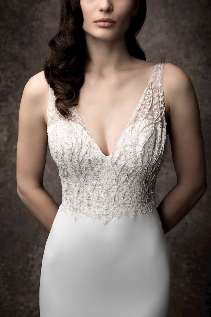 Enaura Bridal ES851