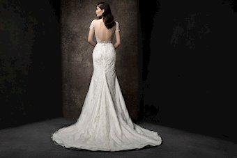 Enaura Bridal ES858