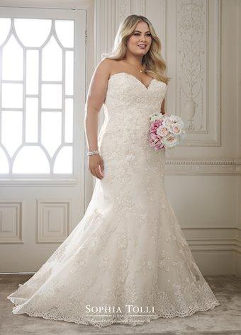 Sophia Tolli Y11870
