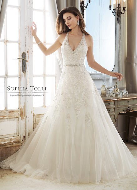 Sophia Tolli Y11878