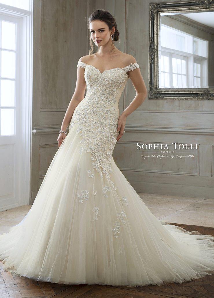 Sophia Tolli Y11884
