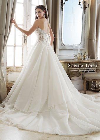 Sophia Tolli Y11885