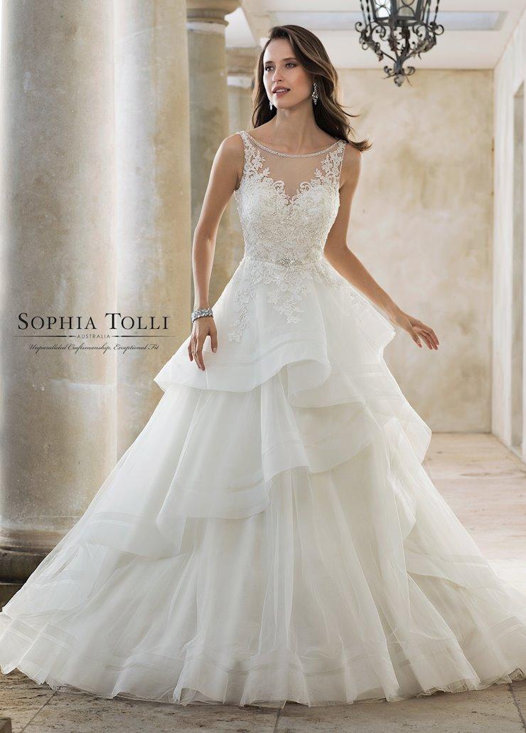 Sophia Tolli Y11888