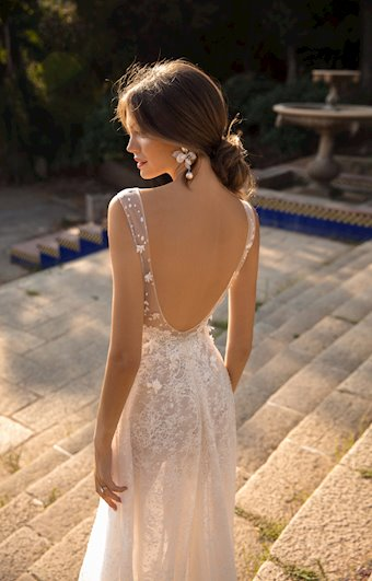 MUSE by Berta Style #Danielle