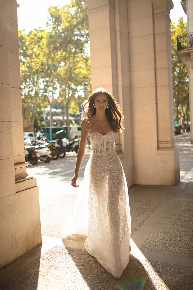 MUSE by Berta Style #Dominique Image