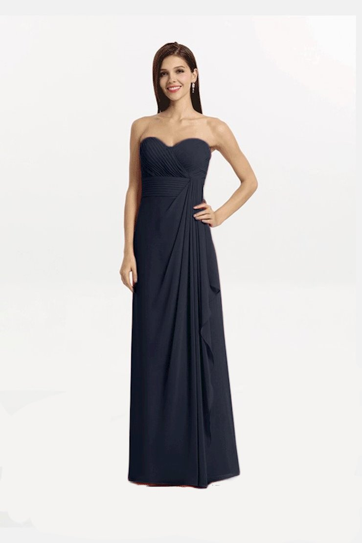 Gather and Gown 7411 Image