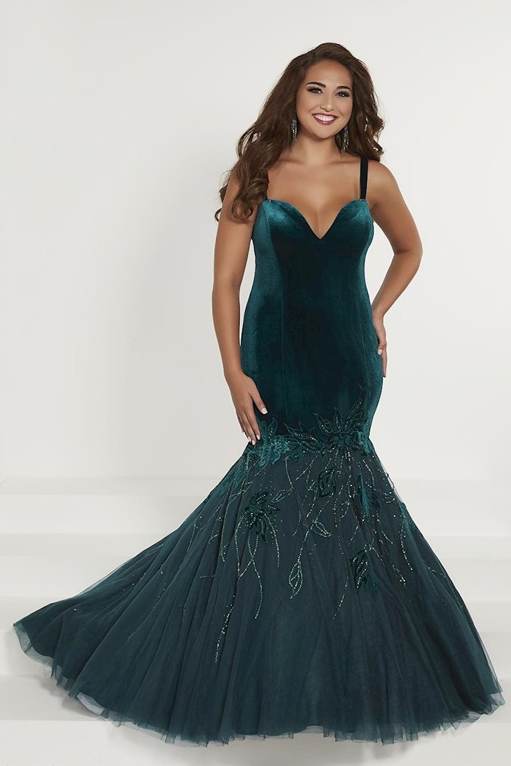 Tiffany Designs Plus Style #16374