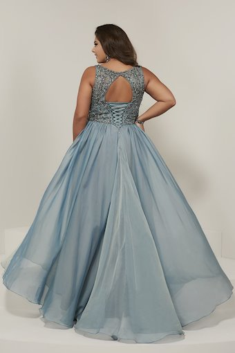 Tiffany Designs Plus 16379