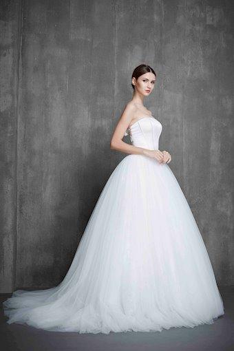 Lova Weddings Tianna