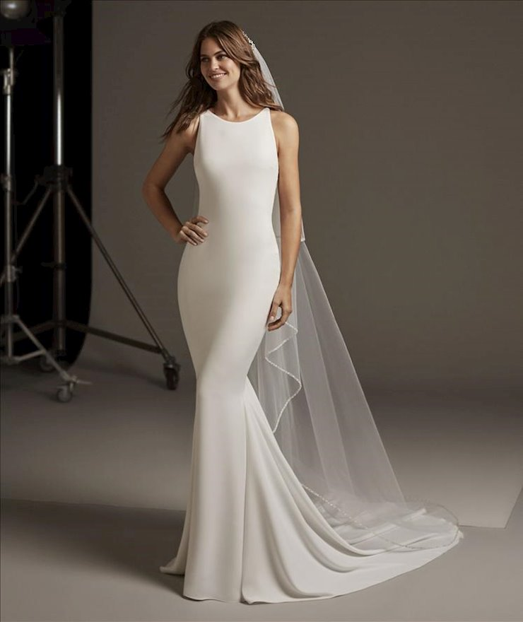 Pronovias Bellatrix Image