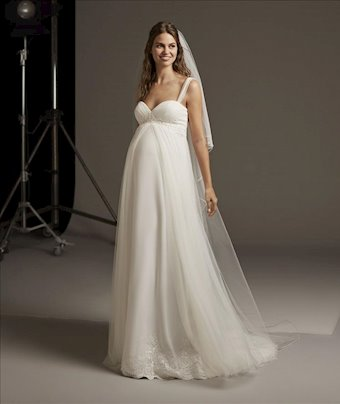 Pronovias Lucky Star 04