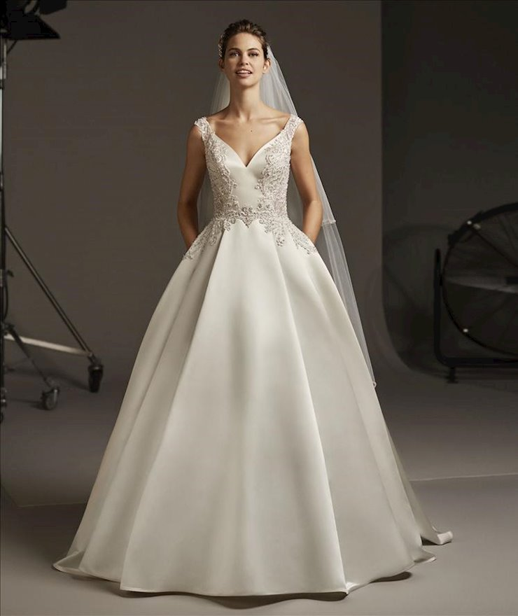 Pronovias #Polaris  Image